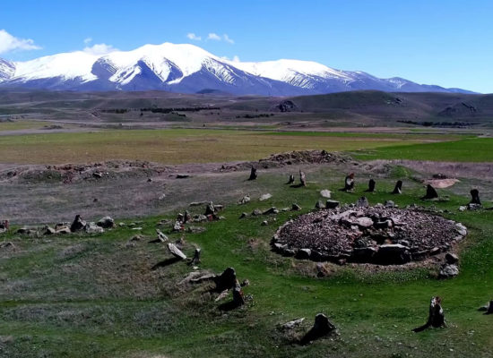 "Carahunge - ""Armenian Stonehenge"""