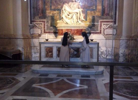 The-Pietà, Michelangelo, 1498–1499