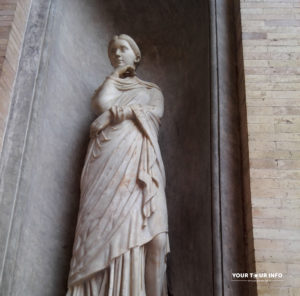 Woman Statue, Vatican.