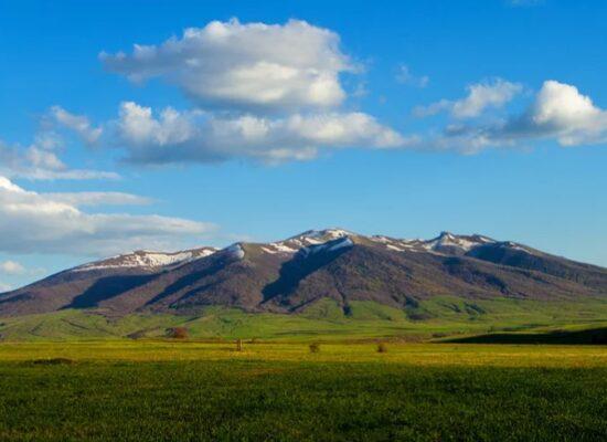 Mount Ara or Arai Ler, 2,577 m, Kotayk Province