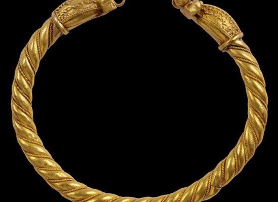 Woman Bracelet, 11th century, Dvin, The Metropolitan Museum of Art, New York, USA
