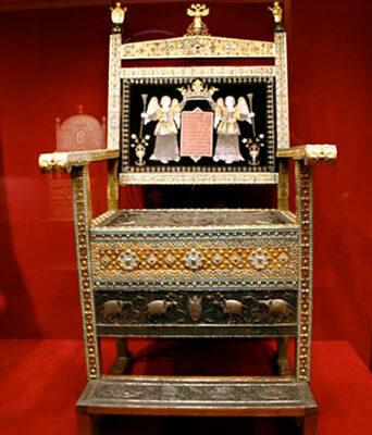 Diamond throne of Tsar Alexis Mikhailovich,1659, granted to the Tsar by armenian merchants from theArmenianTrading Company in 1660. Exhibits in in Kremlin Armoury Chamber.