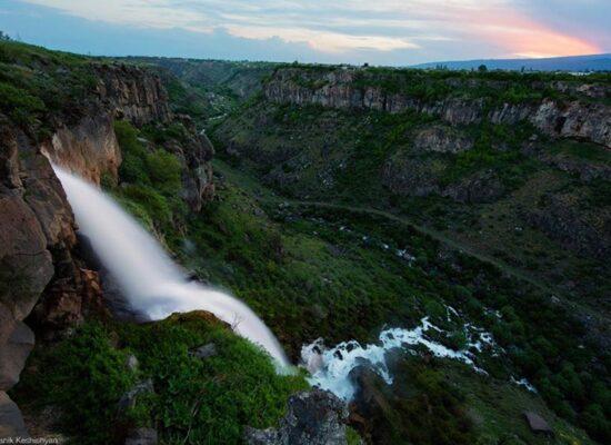 Kasakh Waterfall, 70 m, Aragatsotn Province