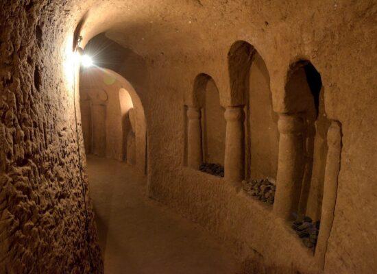 Master Levon's Divine Underground, Arinj.
