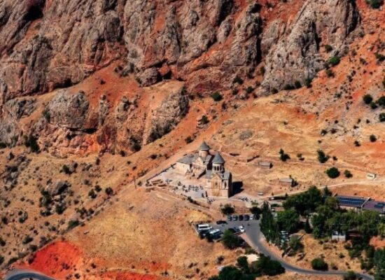 Noravank from above