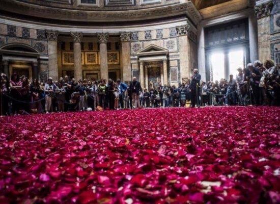 Rose Petals Rain in the Pantheon, Rome