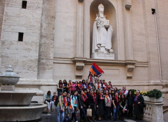 Saint Gregory The Illuminator, prime alcove outside St Peter s Basilica, Our Lady of Armenia Choir