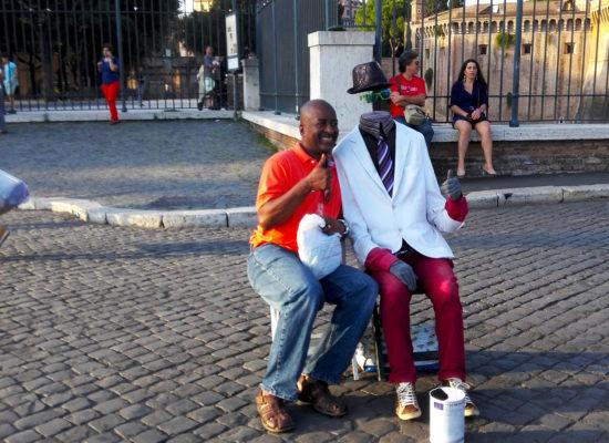 Street Entertainers near Castel Sant Angelo.