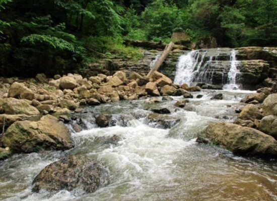 Waterfall in Lastiver