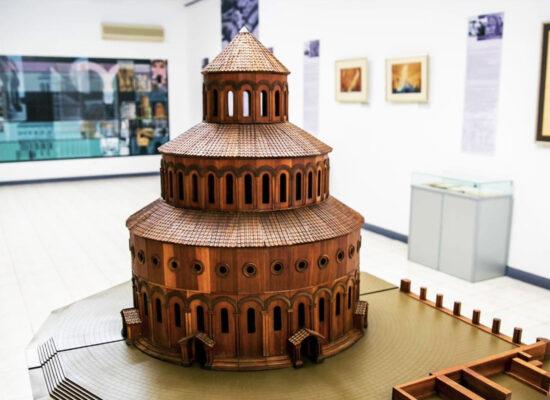 Zvartnots Cathedral (maket), built in 643-652. Echmiadzin (Vagharshapat).