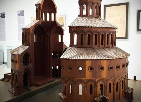 Zvartnots Temple (interior, model). History Museums in Vagharshapat.